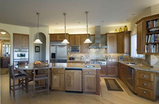 Дизайн интерьера кухни в классическом стиле - фото